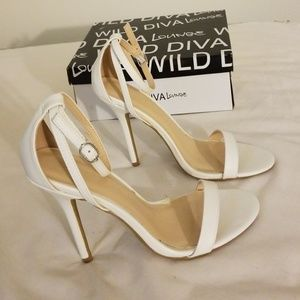 """Wild Diva Lounge"" White heels"
